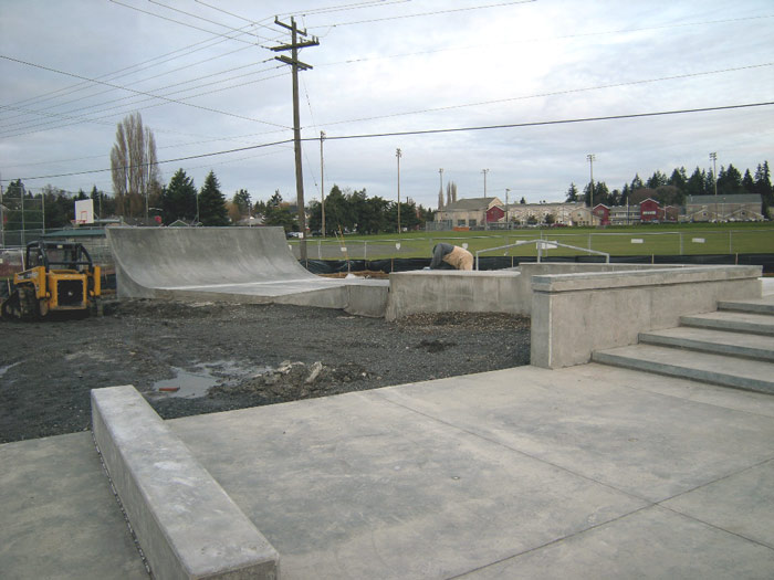 dahl_skatespot_construction_02